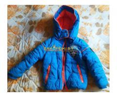 Куртка голубая с оранжевыми вставками на 1.5-2.5г, б.у